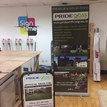 Pavement stand and roll up banner wicklow signage