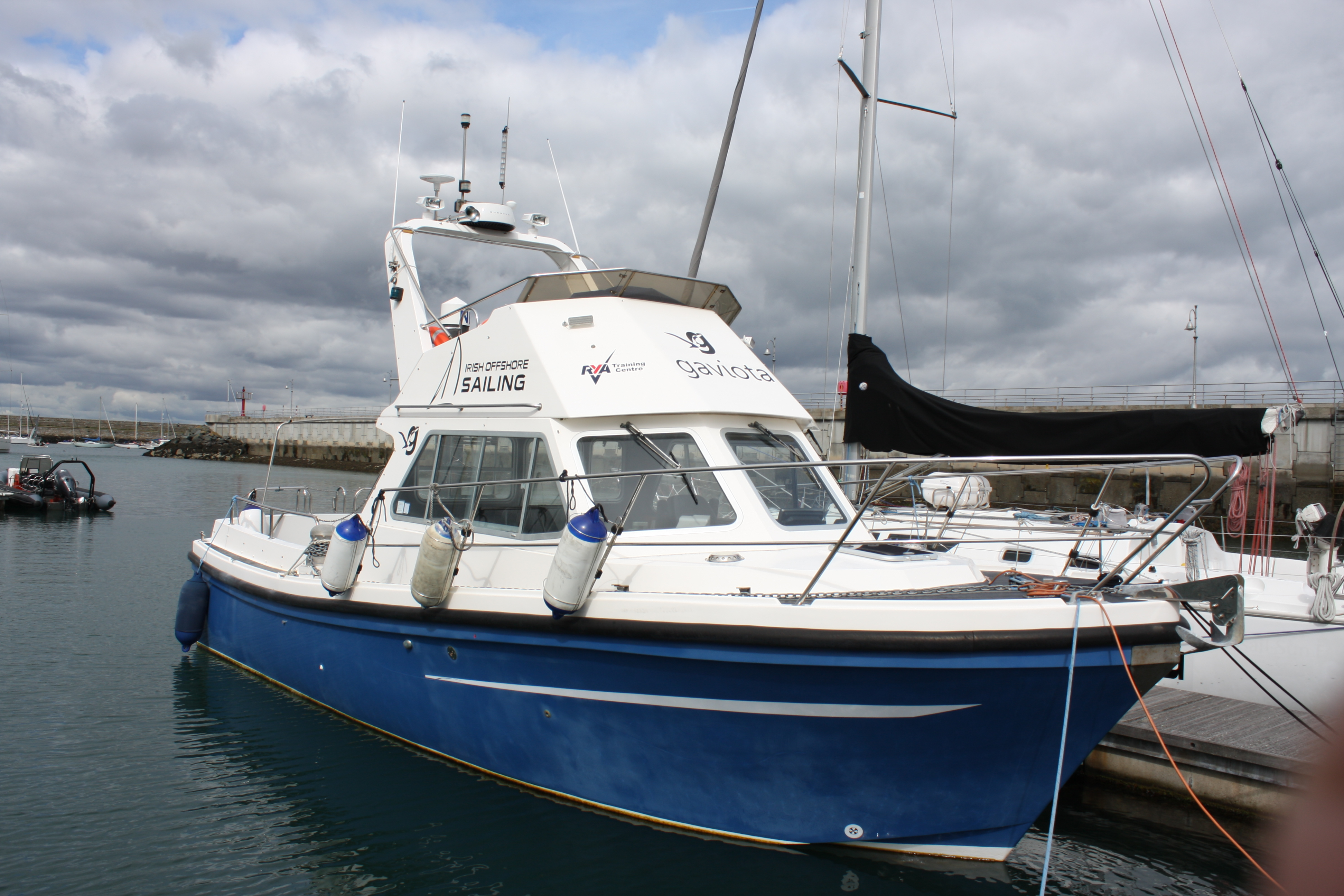 boat graphics | boat wrap | boat decals dun laoghaire
